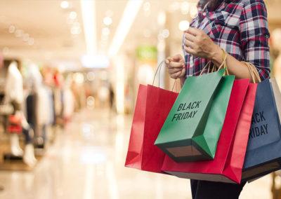 black-friday-shopping 900x600px